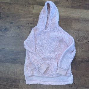 **Woman's boutique size small Sherpa